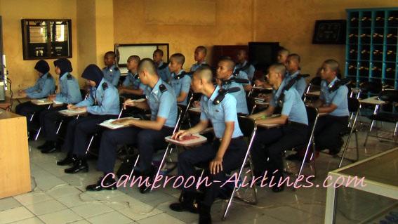 Cari sekolah pilot yang bonafide